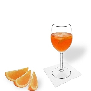 Aperol Spritz served in a wine glass, the common way of presenting that delicious champagne cocktail.