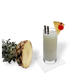 Long-drink or hurricane glasses are ideal for Batita de Coco.