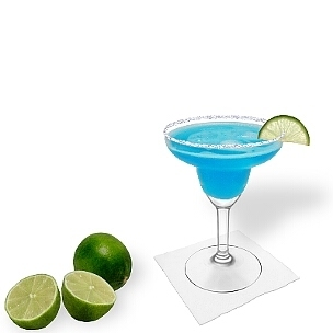 Blue Margarita served in a Margarita glass with a slice of lime and sugar or salt rim, the common way of presenting that refreshing tequila-cocktail.