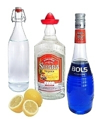 Blue Margarita ingredients: With Blue Curaçao (standard)