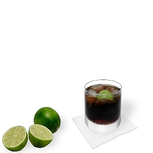 All kind of tumbler glasses are ideal for Cuba Libre. Small-sized long-drink glasses are a good alternative.