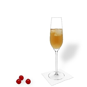 Ohio you serve in champagne or wine glasses without decoration.