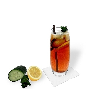 Pimms No.1 served in a long-drink glass, the most common way of presenting that delicious drink.