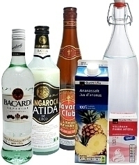 Piña Colada ingredients: With Coconut Liqueur (Standard)