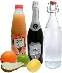 Sangria Blanca ingredients: With Sparkling Wine