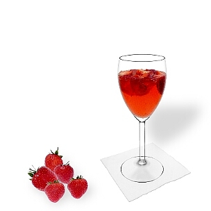 All kind of wine glasses are ideal for Strawberry Punch.